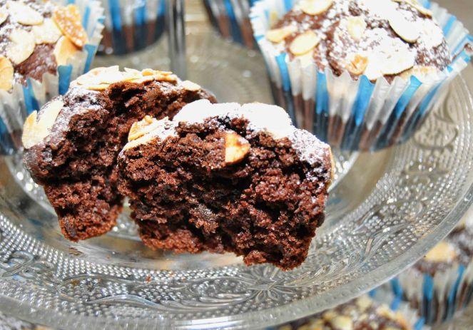 Muffin cioccolato e mandorle (12)