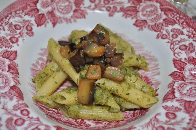 Penne rigate patè di verza e dadolata di melanzane e pera (6)