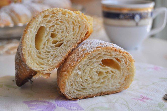 Cornetti sfogliati croissant francesi (27)