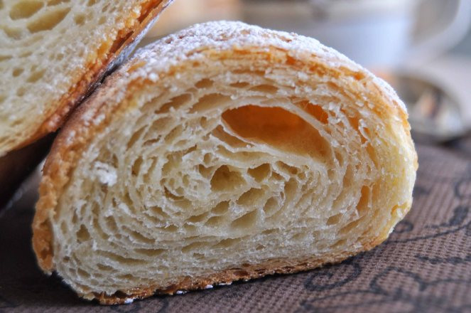 Cornetti sfogliati croissant francesi (28)