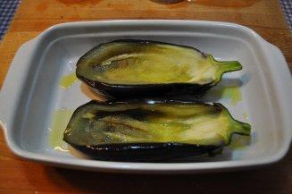 melanzane ripiene di polpette (7)