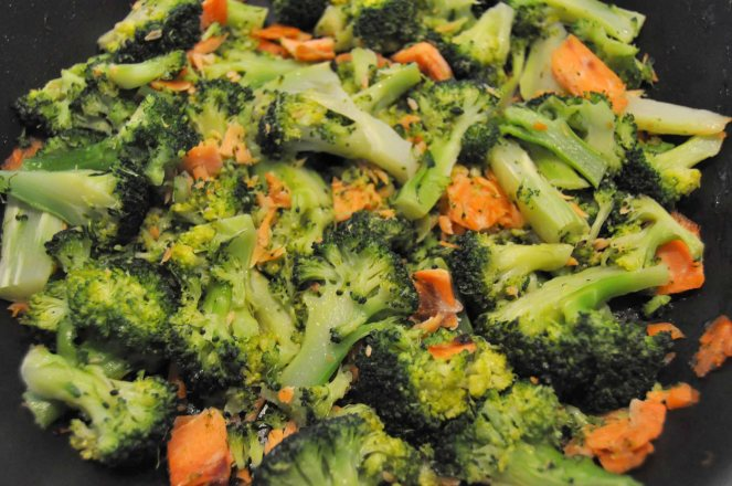Penne broccoli e salmone (2)