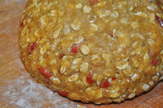 Biscotti integrali con fiocchi d'avena e bacche di goji (1)
