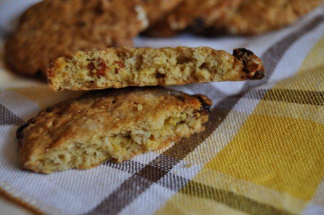Biscotti integrali con fiocchi d'avena e bacche di goji (6)