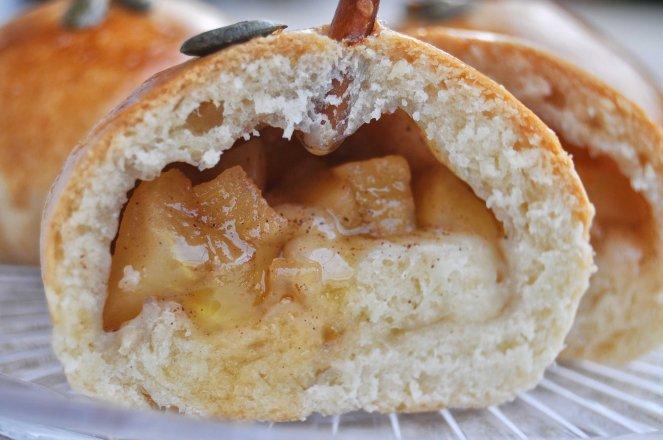 brioche di mele a forma di mela (17)