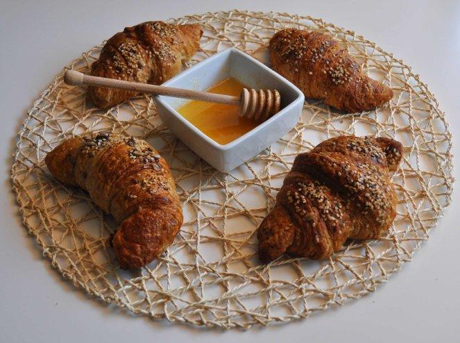 Cornetti integrali ai cereali e miele (5)