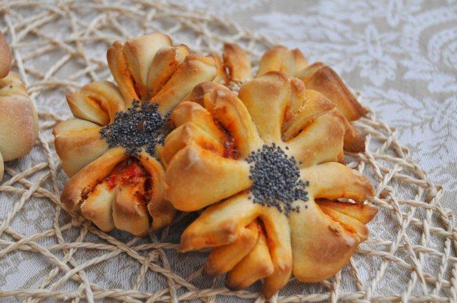 Fior di focaccia, focaccine a forma di fiore (11)