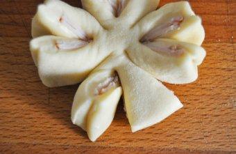 Fior di focaccia, focaccine a forma di fiore (5)