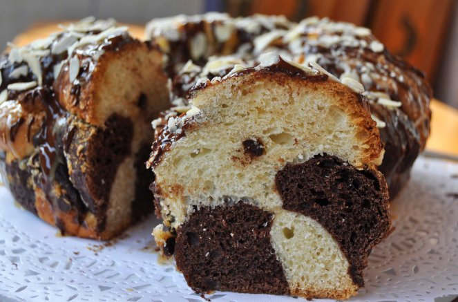 chocolate cake monkey bread (6)