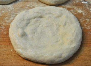 pizza napoletana al piatto (2)