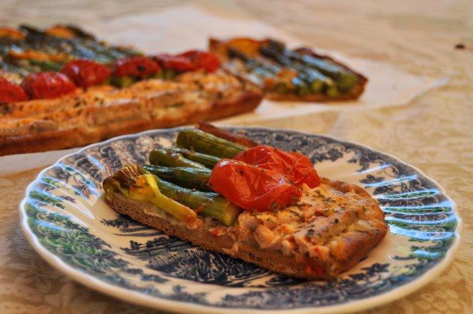 pizza rustica con asparagi fiori di zucca e salmone (23)