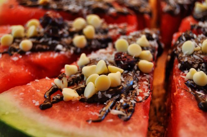cocomero anguria dessert sullo stecco con cioccolato (7)
