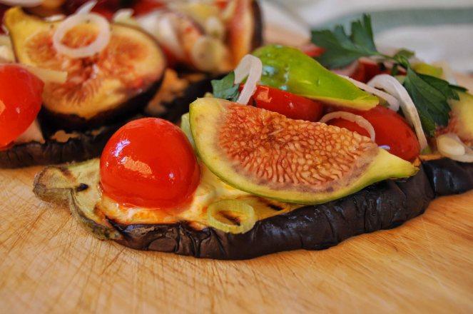 melanzane arrosto con fichi e pomodorini (19)