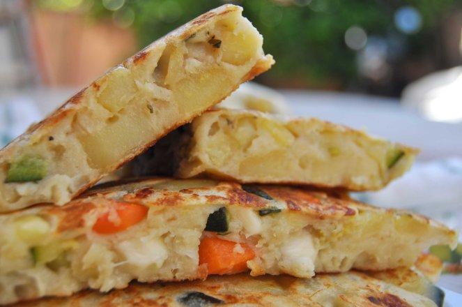 pancakes salati con patate e verdure (11)