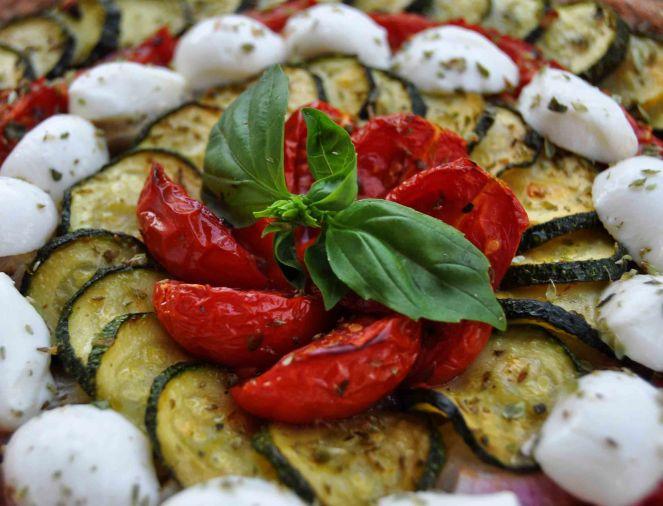 torta salata integrale zucchine e datterini (15)