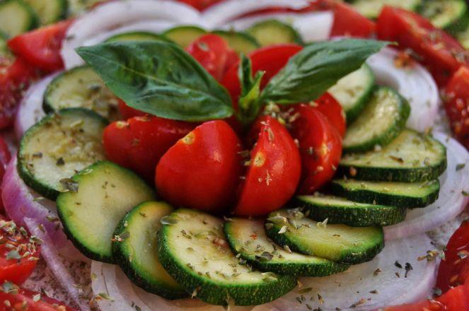 torta salata integrale zucchine e datterini (6)
