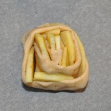 brioche-spirale-di-mele-al-caramello-salato-5