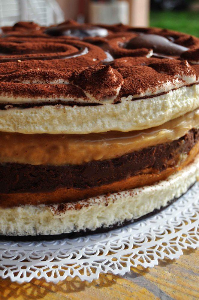 torta-tiramisu-al-caramello-e-cioccolato-torta-san-valentino-11